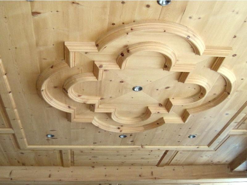 Controsoffitti a disegno for Controsoffitto in legno