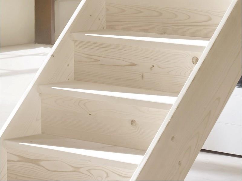 Scale interne in legno produzione scale scale a giorno - Scale interne a vista ...